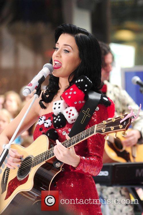 Katy Perry 40
