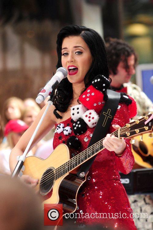 Katy Perry 33