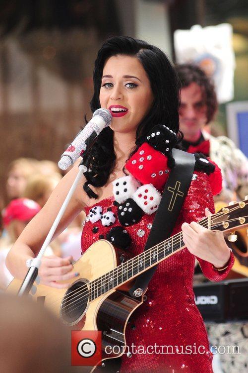 Katy Perry 45