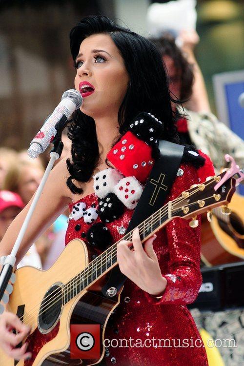 Katy Perry 32