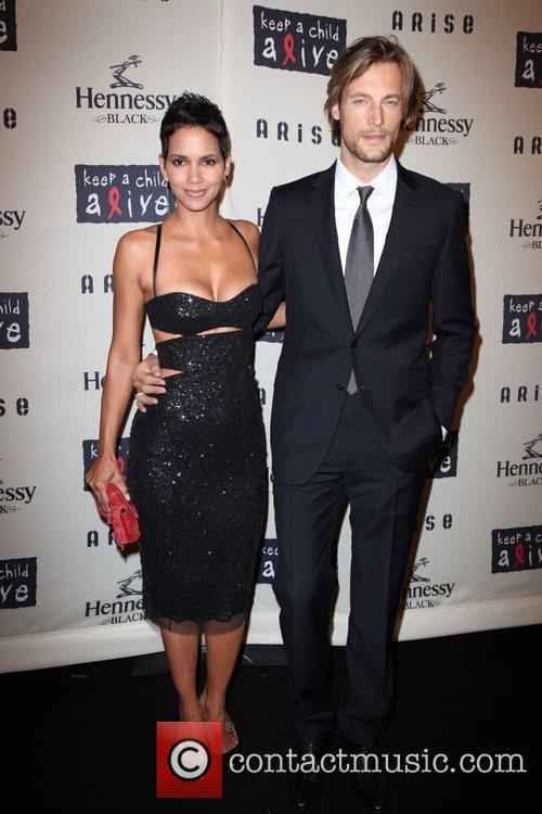 Halle Berry and Gabriel Aubry 7