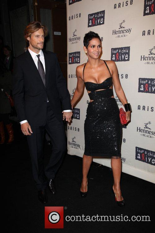 Halle Berry and Gabriel Aubry 2