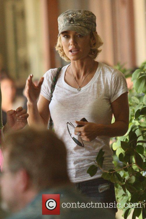 'Nip/Tuck' star Kelly Carlson, wearing a New York...
