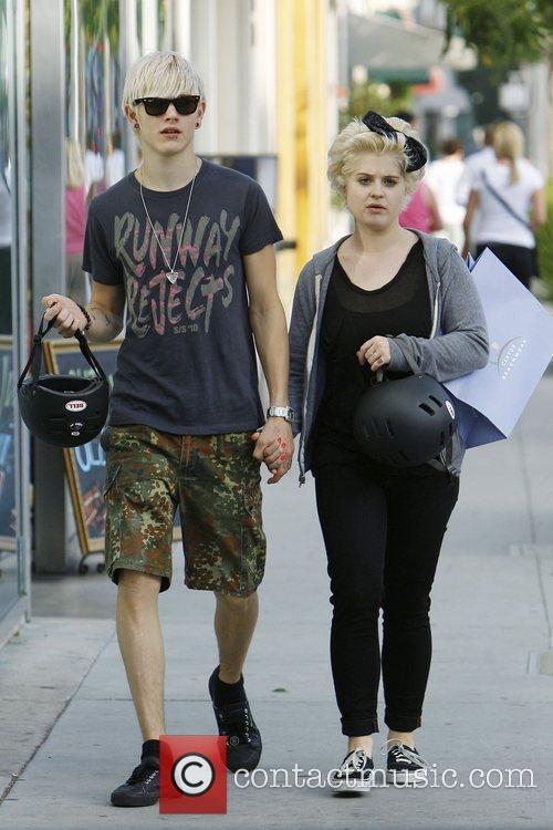 Kelly Osbourne and Boyfriend Luke Worrall 7