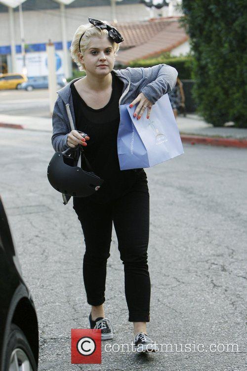 Kelly Osbourne shops in Beverly Hills before racing...