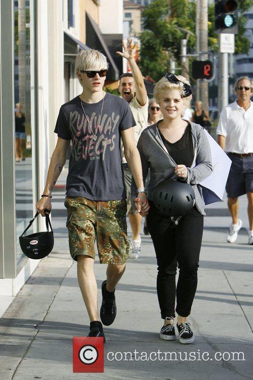 Kelly Osbourne and Boyfriend Luke Worrall 10
