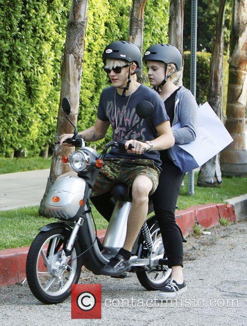 Kelly Osbourne and Boyfriend Luke Worrall 4