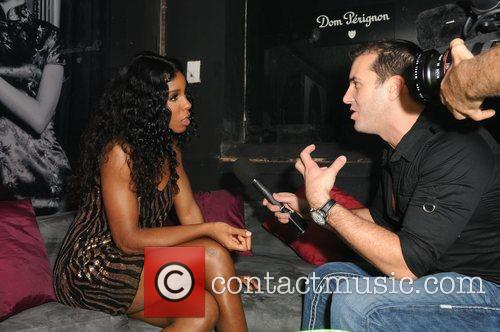 Kelly Rowland  interviewed after performing live at...