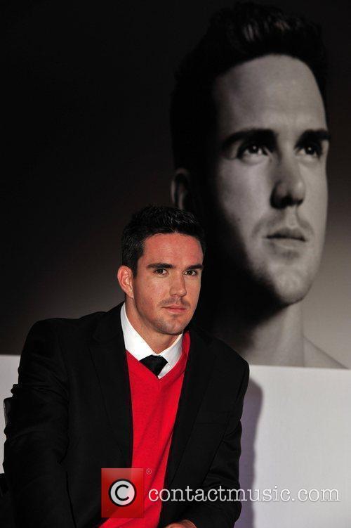 Kevin Pietersen and David Beckham 7