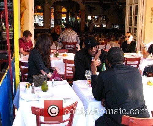 Khloe Kardashian and Lamar Odom have lunch with...