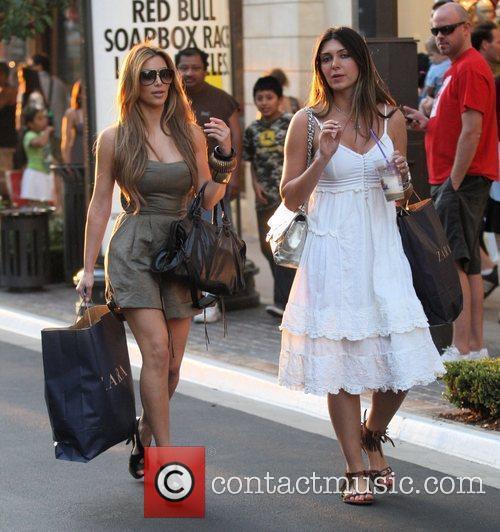 Kim Kardashian and Britney Gastineau 19