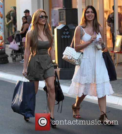 Kim Kardashian and Britney Gastineau 2