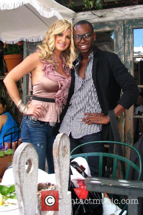 Kim Zolciak and A Fan 3
