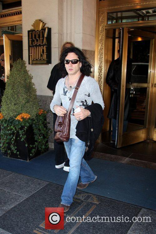 Eric Singer of the band Kiss leaves his...