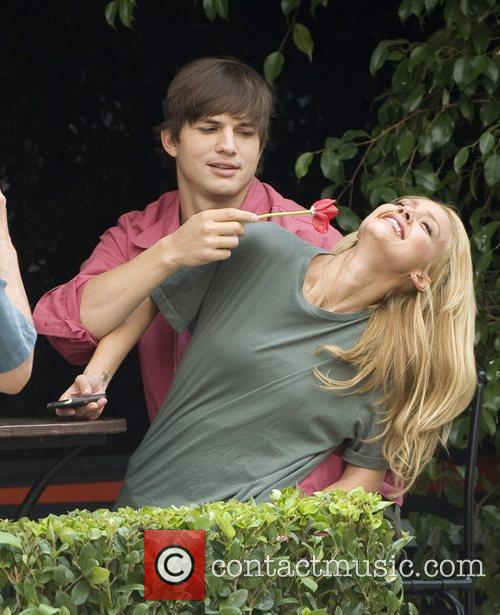 Ashton Kutcher and Jessica Alba 11