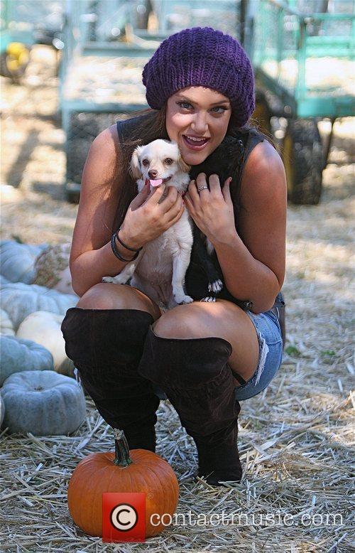 Lacey Schwimmer Visits Mr. Bones Pumpkin Patch In West Hollywood With Her Two Puppies 3