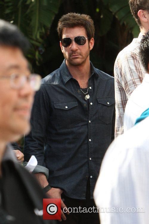 Dylan McDermott arriving amongst the crowds of fans...