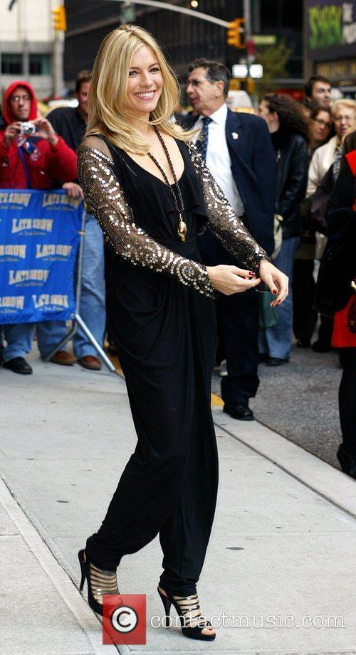 Sienna Miller and David Letterman 4