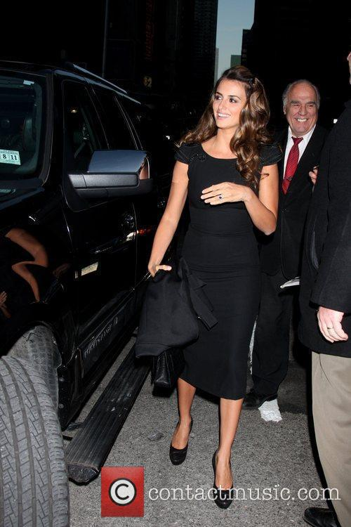 Penelope Cruz and David Letterman 3