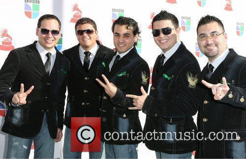 Costumbre and Latin Grammy Awards 2