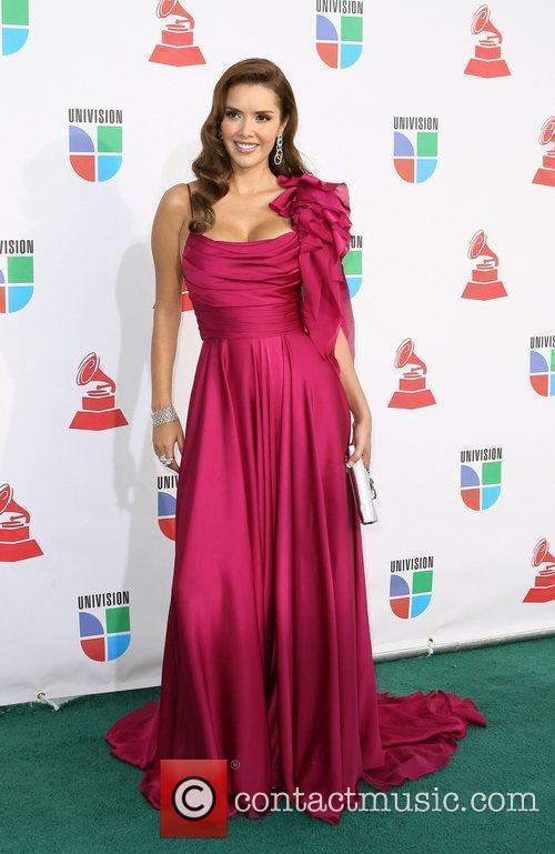 Įvertink suknelę - Page 2 Marlene_favela_2644662