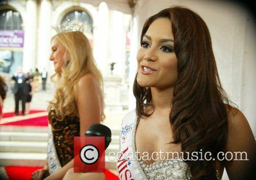 Miss Puerto Rico and Marc Anthony 2