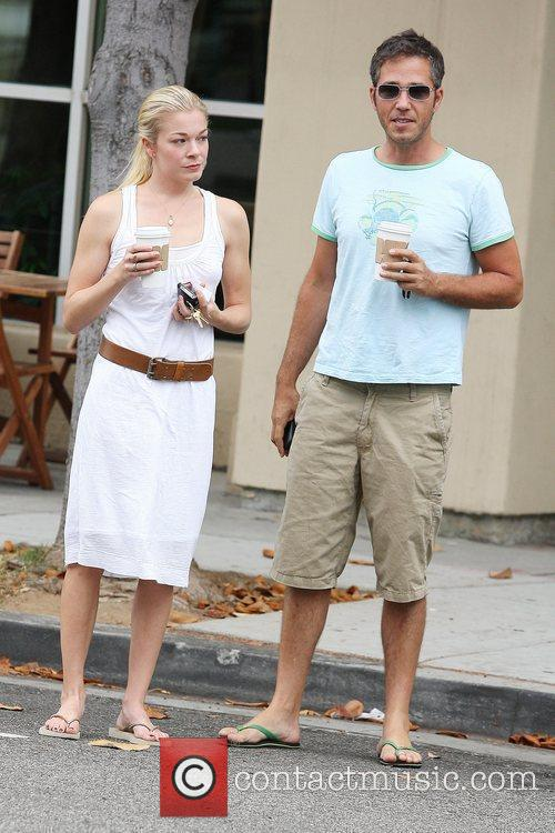 Leann Rimes and A Friend Pick Up Coffee In Santa Monica 4