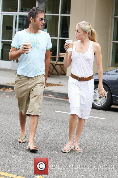 LeAnn Rimes and a friend pick up coffee in Santa Monica 5