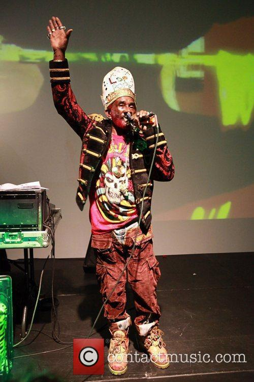 Lee Scratch Perry 17