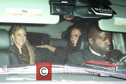 Shakira and David Letterman 8
