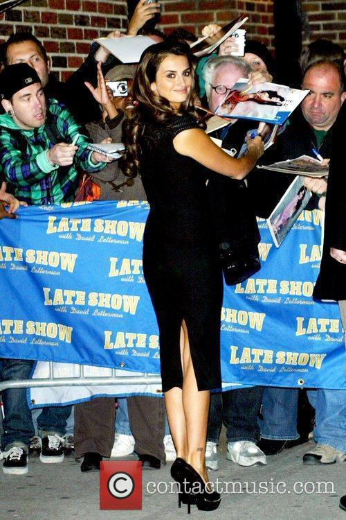 Penelope Cruz and David Letterman 13