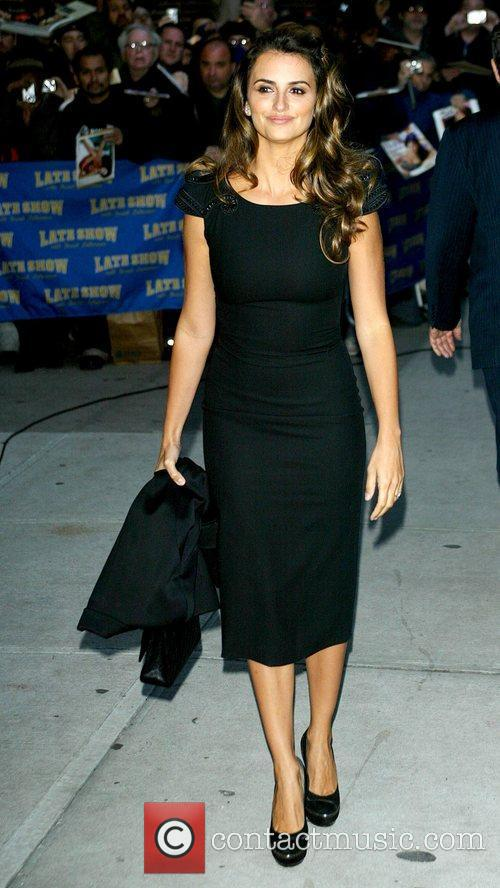 Penelope Cruz and David Letterman 12