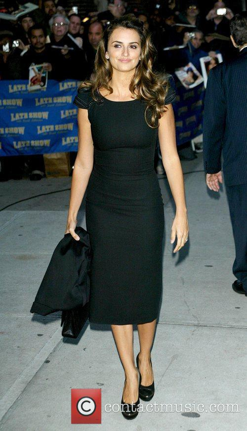 Penelope Cruz and David Letterman 14