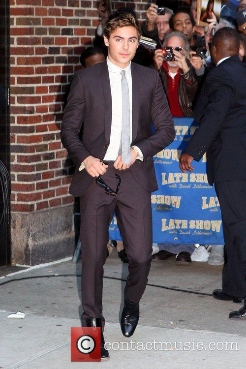 Zac Efron and David Letterman 3