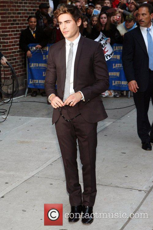 Zac Efron and David Letterman 6