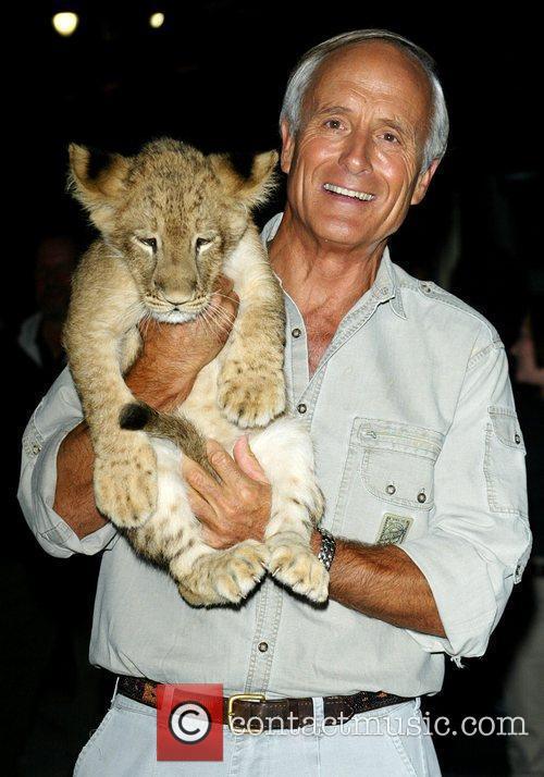 Jack Hanna and David Letterman 4