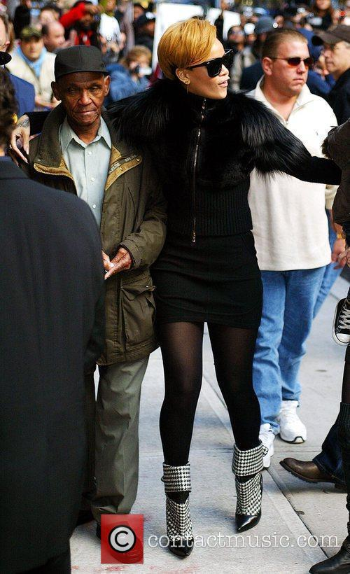 Rihanna and David Letterman 1