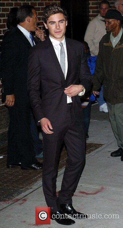Zac Efron and David Letterman 19
