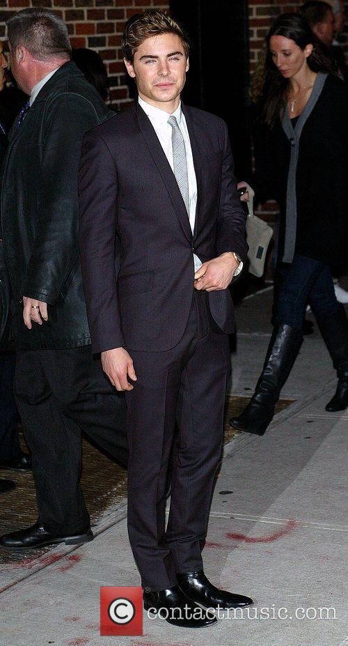 Zac Efron and David Letterman 11