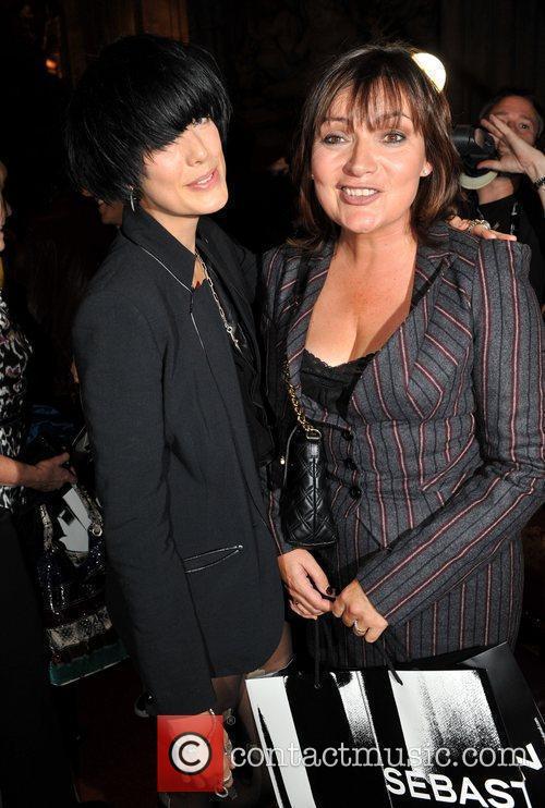 Agyness Deyn and Lorraine Kelly 1