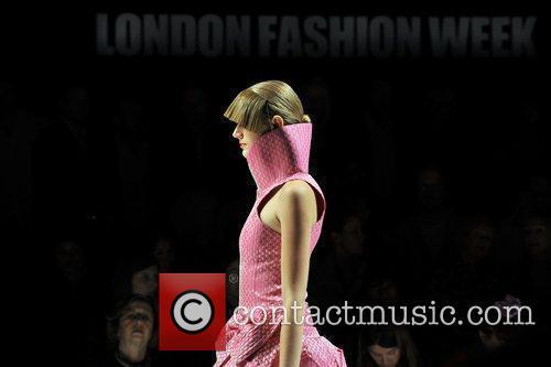 Model London Fashion Week Spring/Summer 2010 - Paul...