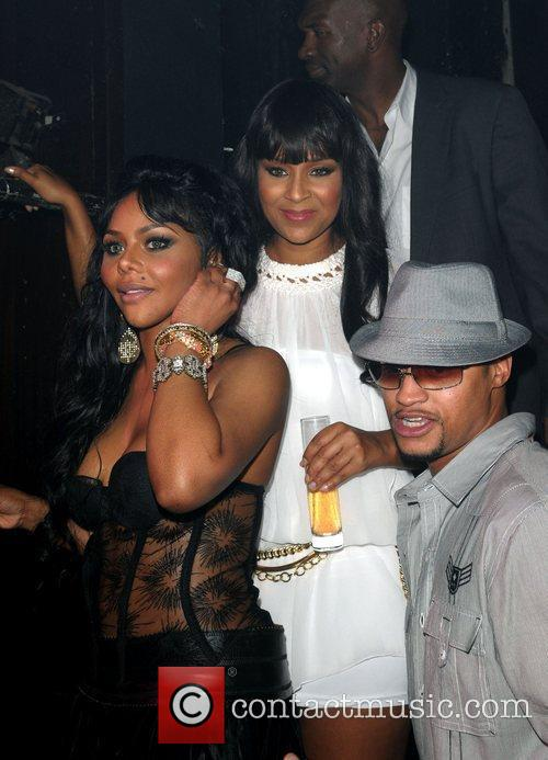 Lil Kim and Lisaraye 5