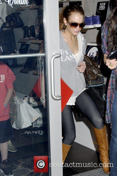 Lindsay Lohan leaves Blue & Cream in Manhattan...
