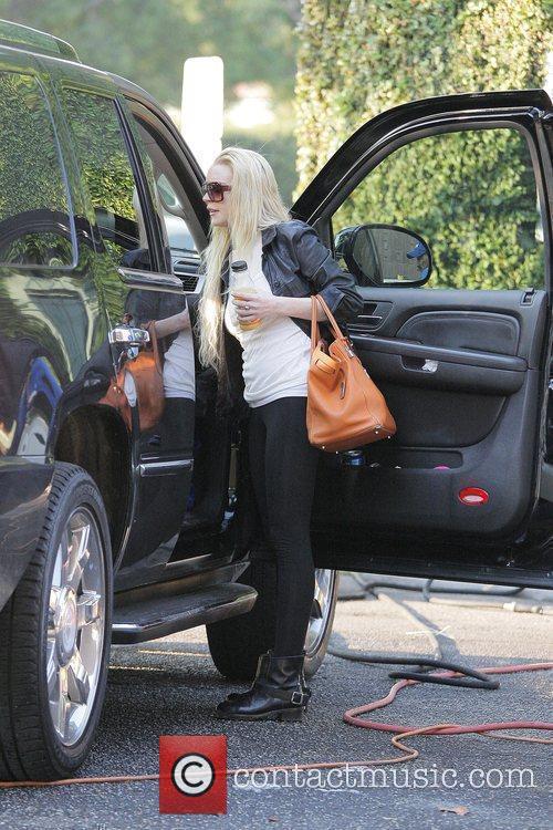 Lindsay Lohan visits Byron & Tracey salon in...