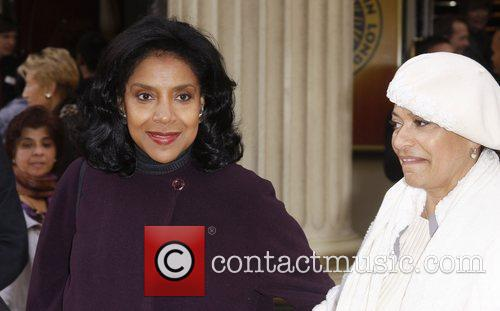 Phylicia Rashad and Debbie Allen 3