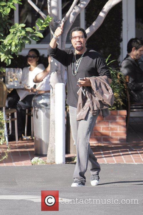 Lionel Richie 13