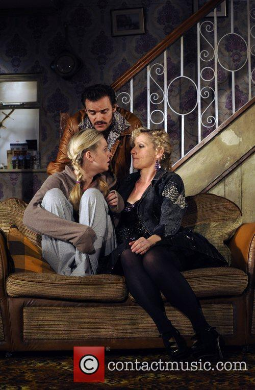 Marc Warren, Diana Vickers and Lesley Sharp 4