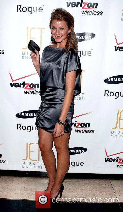 Lo Bosworth hosts The Verizon Wireless Samsung Rogue...