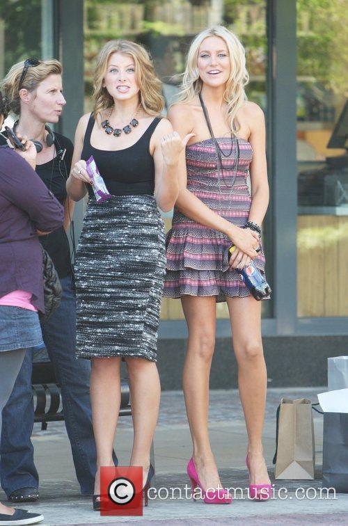 Lo Bosworth and Stephanie Pratt on the set...