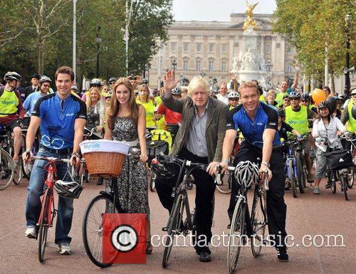 Mayor Boris Johnson and Kelly Brook 2